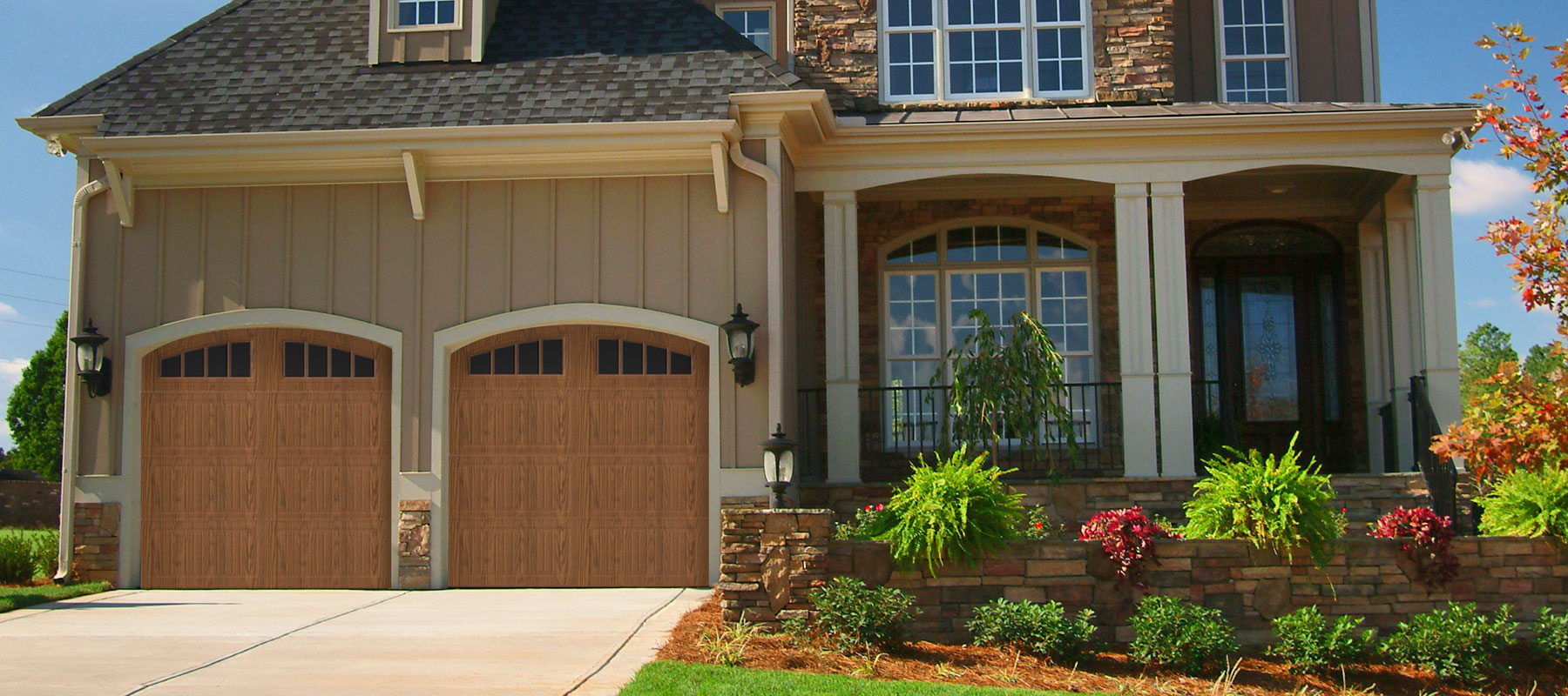 3640 Grooved Panel Garage Door