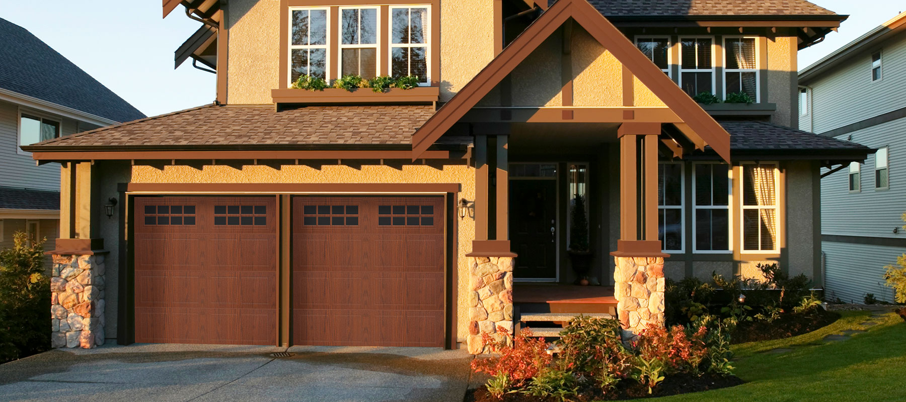 430/431 Grooved Panel Garage Door