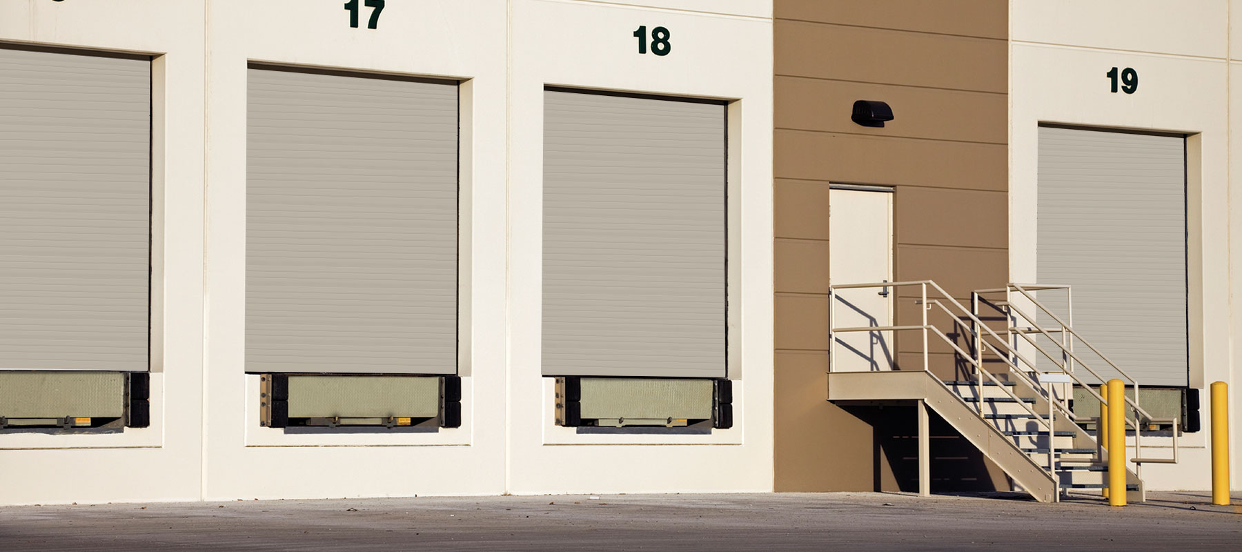 4400/4401 - Premium Commercial/Industrial Steel Garage Doors
